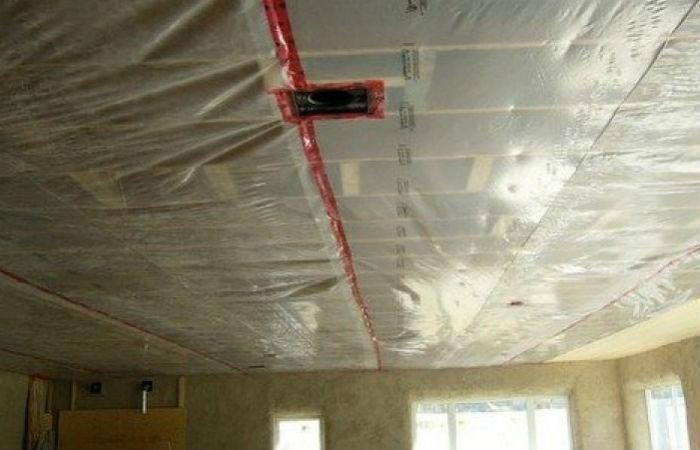 Пароизоляция на потолке каркасного дома